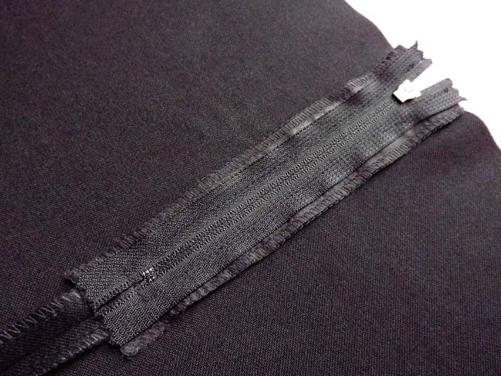 How to sew an exposed zip step 10